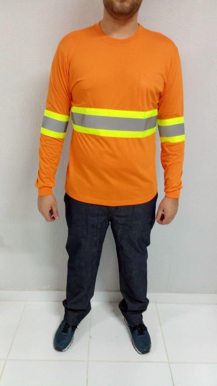 Camiseta manga longa com faixa refletiva